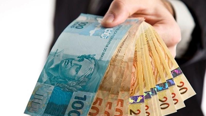 Quarta parcela de auxílio a beneficiários do Bolsa Família é paga hoje