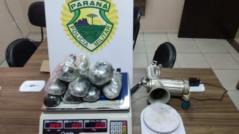 Polícia Militar apreende quase 4 kg de haxixe em Campo Mourão