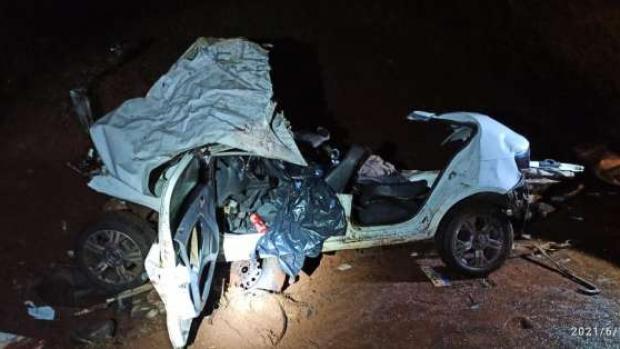 Irmãs morrem em batida frontal entre carro e ônibus na BR 369