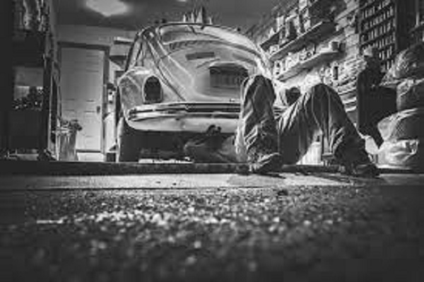 Ubiratã Auto Peças: 7 maus hábitos que multiplicam gastos com o mecânico
